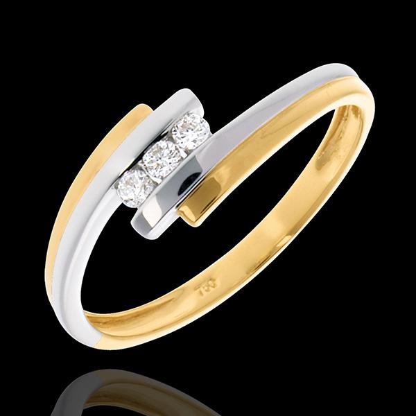 Pierścionek Drogocenne Gniazdo z potrójnym diamentem - Dwie obrączki - złoto białe i złoto żółte 18-karatowe