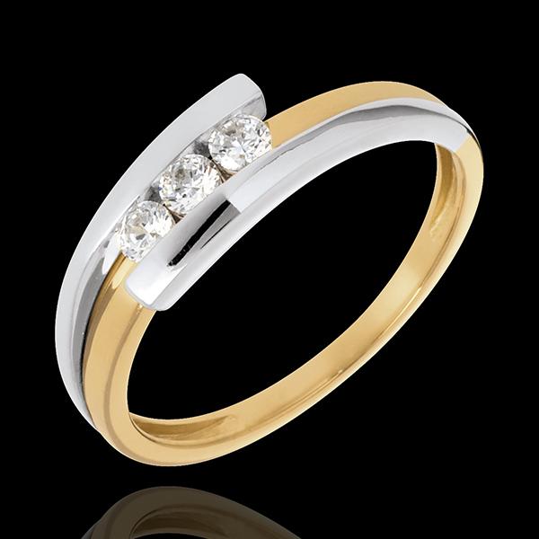 Pierścionek Drogocenne Gniazdo z potrójnym diamentem - Z zachodzącymi na siebie ramionami - 3 diamenty 0.019 karata - złoto biał