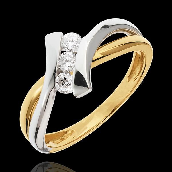 Pierścionek Drogocenne Gniazdo z trzema diamentami - Dolce Vita - 3 diamenty 0,22 karata - złoto białe i złoto żółte 18-karatowe