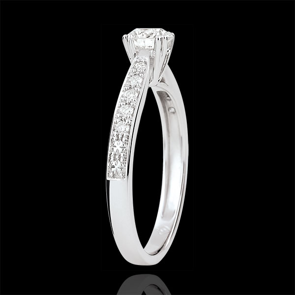 Pierścionek Garlane z jednym diamentem oprawionym w 8 krap - diament 0,4 karata - złoto białe 9-karatowe