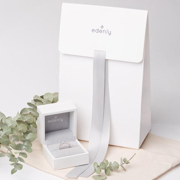 Pierścionek Rozkwit - Pierwsza Róża - Mały model - złoto białe 9-karatowe i szafir