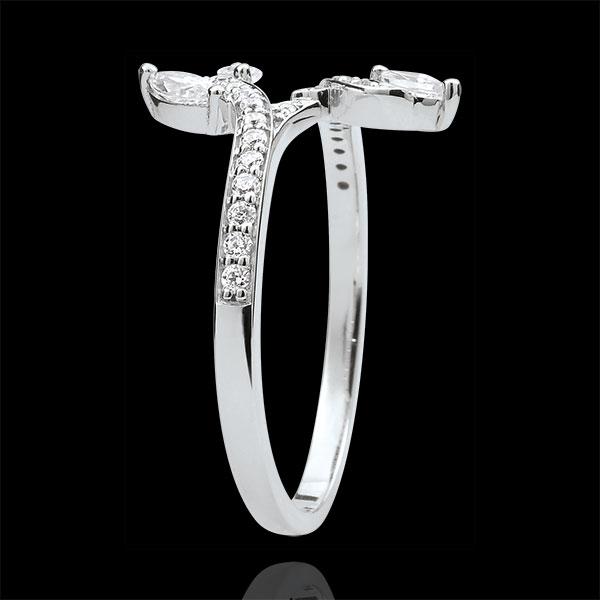 Pierścionek Tajemniczy Las - złoto białe 9-karatowe i diamenty w kształcie łezki