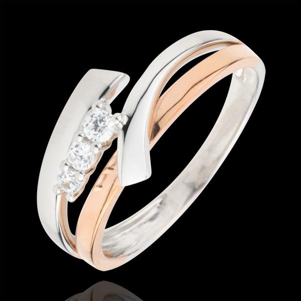 Pierścionek zaręczynowy Drogocenne Gniazdo - Wariacja z potrójnym diamentem - 3 diamenty - złoto białe i złoto różowe 18-karatow