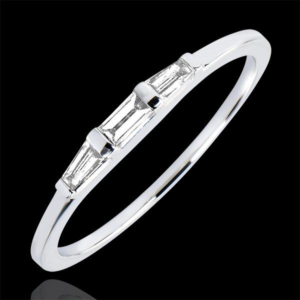 Pierścionek zaręczynowy Pochodzenie – trzy rzędy diamentów Biela – białe złoto 18-karatowe i diamenty