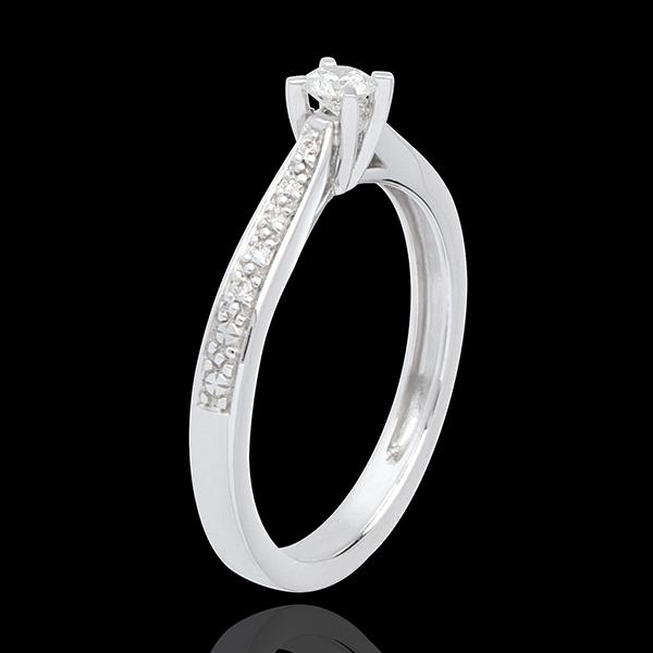 Podstawowa wersja pierścionka z jednym diamentem z 18-karatowego złota białego, wysadzanego diamentami - 0,14 karata