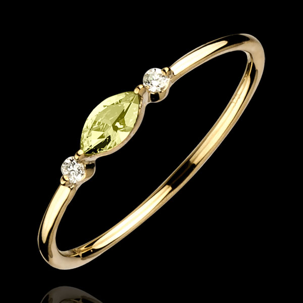 Regard d'Orient ring - small size -peridot and diamonds -yellow gold 9 carats