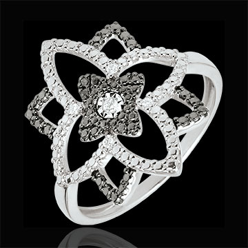 Ring Destiny- Maanbloem - 18 karaat witgoud en zwarte Diamanten
