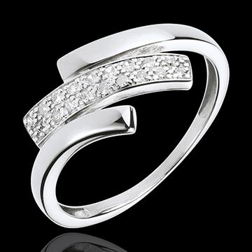 White Gold Feline Mark Ring