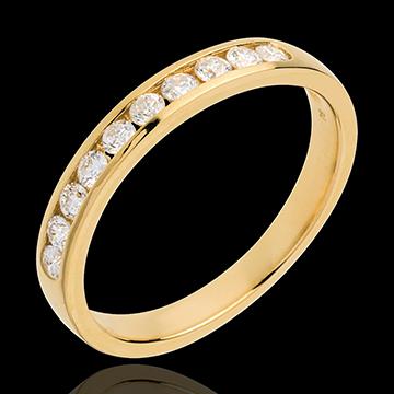 Trauring zur Hälfte mit Diamanten besetzt in Gelbgold - Kanalfassung - 0.3 Karat - 10 Diamanten