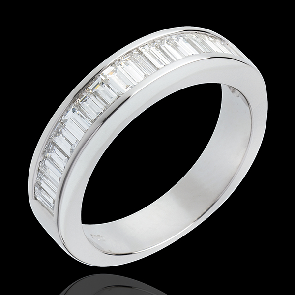 Trauring zur Hälfte mit Diamanten besetzt in Weissgold - 1 Karat