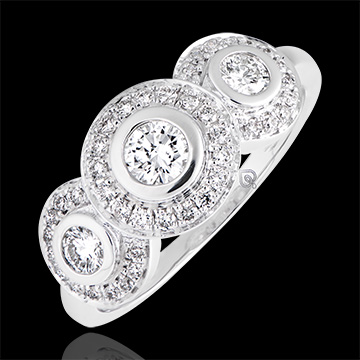 Trianon engagement ring - 18K white gold and diamonds