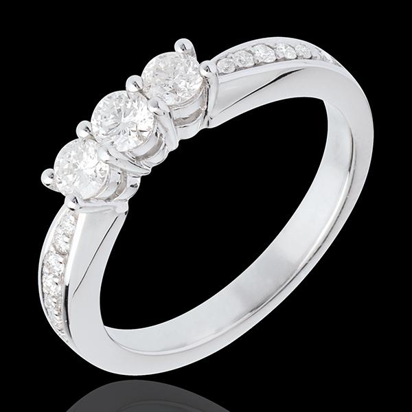 Trilogy ring white gold paved - 0.5 carat