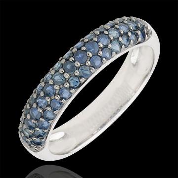 Ring Paradijsvogel - drie rijen - wit goud en blauwe saffier