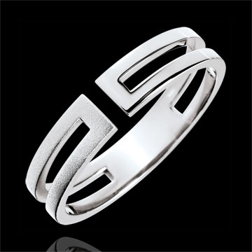 Gloria Ring - 9 carat brushed white gold