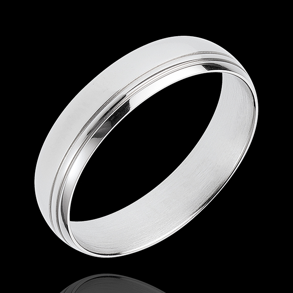 White Gold Cardinal Ring