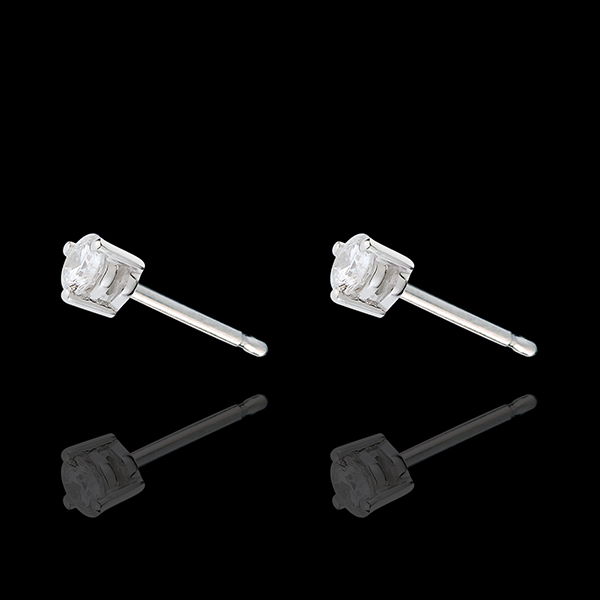 White Gold Diamond Chip Joya Stud Earrings