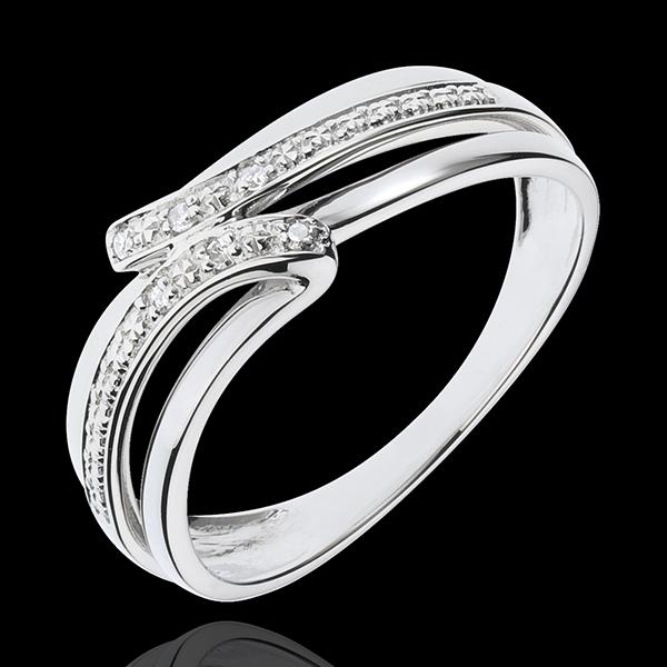 White Gold Serenity Ring - 6 Diamonds