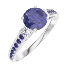 Bague Create Engagement 166035 Or blanc 18 carats - Saphir bleu Rond 0.7 carat - Pierres de côté Diamant naturel - Sertissage Saphir bleu