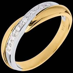 <a href=https://de.edenly.com/schmuck/trauring-semi-pave-weiss-und-gelbgold-kanalfassung,554.html><span class='nom-prod-slide'>Trauring Diamantenband Miria in Weiss- und Gelbgold - Kanalfassung - 7 Diamanten</span><br><span>690 &#x20AC;</span></a>