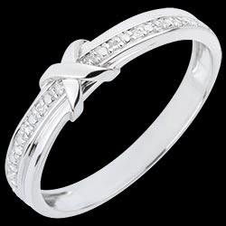 <a href=http://en.edenly.com/jewels/wedding-ring-love-mark,1829.html><span class='nom-prod-slide'>Wedding Ring Love Mark</span><br><span class='prixf'>£ 199</span> (-46%) </a>