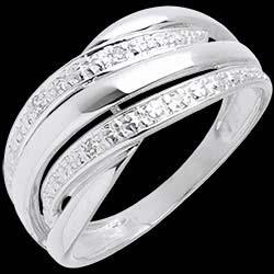 <a href=https://it.edenly.com/gioielli/anello-naja-oro-bianco-pave-diamanti-diamanti,76.html><span class='nom-prod-slide'>Anello Naja - Oro bianco pavé diamanti - 18 carati - 4 Diamanti </span><br><span class='prixf'>390 &#x20AC;</span> (-37%) </a>