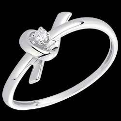 <a href=https://it.edenly.com/gioielli/anello-souvenir-oro-bianco-diamante,1502.html><span class='nom-prod-slide'>Anello Souvenir - Oro bianco - 18 carati - 1 Diamante</span><br><span class='prixf'>250 &#x20AC;</span> (-36%) </a>