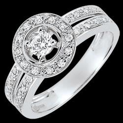 <a href=https://www.edenly.com/bijoux/bague-fiancailles-destinee-lady-diamant-16-carat-o,3658.html><span class='nom-prod-slide'>Bague de Fiançailles Destinée - Lady - diamant 0.16 carat - or blanc 18 carats</span><br><span class='prixf'>990 &#x20AC;</span> (-31%) </a>