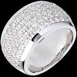 <a href=https://de.edenly.com/schmuck/ring-diorama-weissgold-205-karat-79-diamanten,338.html><span class='nom-prod-slide'>Ring Sternbilder - Himmlische Landschaft - Weißgold - 2.05 Karat - 79 Diamanten</span><br><span class='prixf'>3790 &#x20AC;</span> (-54%) </a>