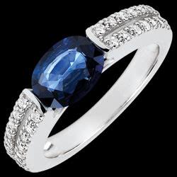 <a href=http://www.edenly.com/bijoux/bague-fiancailles-victoire-saphir-carats-diamants,3675.html><span class='nom-prod-slide'>Bague de Fiançailles Victoire - saphir 1.7 carats et diamants - or blanc 18 carats</span><br><span class='prixf'>1390 &#x20AC;</span> (-43%) </a>