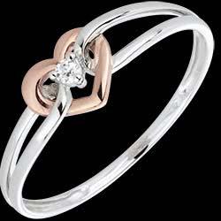 <a href=https://it.edenly.com/gioielli/anello-mon-amour-oro-bianco-oro-rosa,1602.html><span class='nom-prod-slide'>Anello Amore mio - Oro bianco, Oro rosa e Diamante</span><br><span class='prixf'>240 &#x20AC;</span> (-20%) </a>
