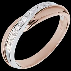 <a href=https://en.edenly.com/jewels/wedding-ring-pink-gold-and-white-gold-channel-sett,3123.html><span class='nom-prod-slide'>Wedding Ring - Pink gold with White gold channel setting - 7 diamonds - 18 carats</span><br><span class='prixf'>£ 459</span> (-35%) </a>