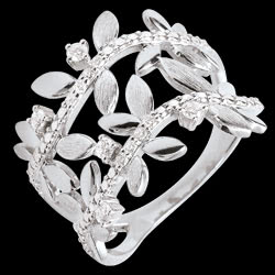 <a href=http://en.edenly.com/jewels/ring-enchanted-garden-foliage-royal-double-white-g,3545.html><span class='nom-prod-slide'>Ring Enchanted Garden - Foliage Royal - double - white gold and diamonds - 9 carats</span><br><span class='prixf'>£ 459</span> (-36%) </a>