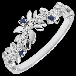 <a href=https://en.edenly.com/jewels/ring-enchanted-garden-foliage-royal-white-gold-dia,3497.html><span class='nom-prod-slide'>Enchanted Garden Ring - Royal Foliage - White gold, diamonds and sapphires - 9 carats</span><br><span class='prixf'>£ 219</span> (-20%) </a>