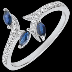 <a href=http://en.edenly.com/jewels/ring-mysterious-woods-white-gold-and-sapphires-boa,3522.html><span class='nom-prod-slide'>Ring Mysterious Woods - white gold and sapphires boats - 18 carats</span><br><span class='prixf'>£ 549</span> (-38%) </a>