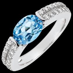 <a href=https://www.edenly.com/bijoux/bague-fiancailles-victoire-topaze-carats-diamants,3668.html><span class='nom-prod-slide'>Bague de Fiançailles Victoire - topaze 1.5 carats et diamants - or blanc 18 carats</span><br><span class='prixf'>940 &#x20AC;</span> (-41%) </a>