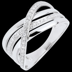 <a href=https://www.edenly.com/bijoux/bague-elite-or-blanc,686.html><span class='nom-prod-slide'>Bague Saturne Quadri - or blanc 9 carats - diamants</span><br><span class='prixf'>290 &#x20AC;</span> (-38%) </a>