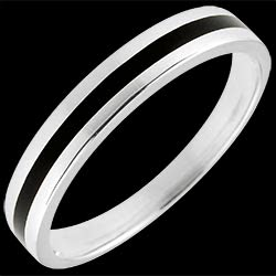 <a href=https://en.edenly.com/jewels/wedding-ring-gold-men-clair-obscure-one-line-white,1373.html><span class='nom-prod-slide'>Wedding Ring gold Men - Clair Obscure - One line - white gold and black lacquer - 9 carat</span><br><span class='prixf'>£ 169</span> (-41%) </a>