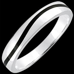 <a href=https://www.edenly.com/bijoux/alliance-or-vague-noire-or-blanc-9k,1379.html><span class='nom-prod-slide'>Alliance or Homme Clair Obscur - Courbe - or blanc 9 carats et laque noire</span><br><span class='prixf'>240 &#x20AC;</span> (-38%) </a>