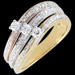 <a href=http://en.edenly.com/jewels/ring-great-saturn-trilogy-three-golds-0-372-carat-,2542.html><span class='nom-prod-slide'>Ring Great Saturn Trilogy - three golds - 0.372 carat - 18 carat</span><br><span class='prixf'>£ 849</span> (-55%) </a>