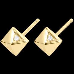 <a href=http://de.edenly.com/schmuck/boucles-oreilles-diamants-bruts-gelbgold,384.html><span class='nom-prod-slide'>Ohrringe Schöpfung - Rohdiamanten - Gelbgold - 18 Karat</span><br><span class='prixf'>$ 179</span> (-16%) </a>