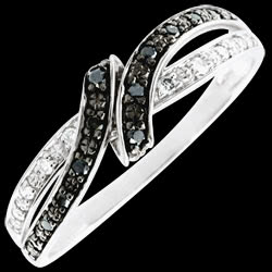 <a href=http://de.edenly.com/schmuck/ringe-promise-schwarze-diamanten,2650.html><span class='nom-prod-slide'>Ring Dämmerschein - Rendez-vous - Weißgold, schwarze Diamanten</span><br><span class='prixf'>SALE: 240 &#x20AC;</span> (-43%) </a>