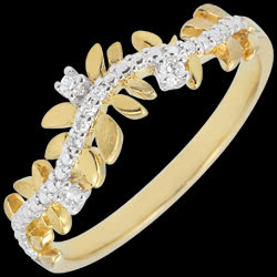 <a href=https://en.edenly.com/jewels/ring-enchanted-garden-foliage-royal-diamond-yellow-gold-18-carat,2864.html><span class='nom-prod-slide'>Enchanted Garden Ring - Royal Foliage- Diamond and Yellow gold - 18 carat</span><br><span class='prixf'>£ 389</span> (-32%) </a>