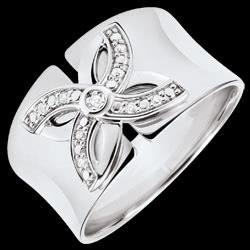 <a href=http://de.edenly.com/schmuck/ring-blute-sommerlilie-wei-gold-und-diamanten,3233.html><span class='nom-prod-slide'>Ring Frische - Sommerlilie - Weißgold und Diamanten</span><br><span class='prixf'>SALE: 290 &#x20AC;</span> (-52%) </a>
