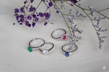 Bague Create 169027 Or blanc 18 carats - Émeraude Rond 1 carat - Pierres de côté Diamant - Sertissage Diamant