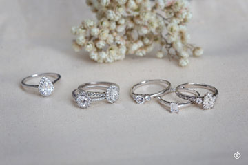 Bague Create 160023 Or blanc 18 carats - Diamant Rond 0.3 carat - Pierres de côté Diamant