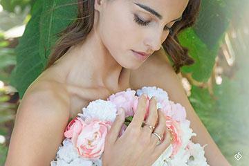 Bague Eclosion - Couronne de Roses - Petit modèle - or blanc 18 carats et diamants