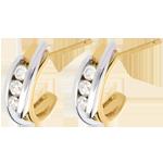 أقراط ثلاثية الألماس ثنائي القطبين ـ 0.3 قيراط ـ 6 ماسات ـ من الذهب الأبيض والذهب الأصفر عيار 18 قيراط