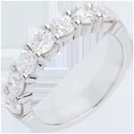 Trauring semi pavé in Weissgold - Krappenfassung - 1.5 Karat - 7 Diamanten