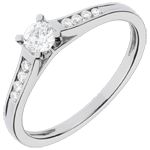 Geschenk Frauen Solit�rring Altesse - Wei�gold mit 9 Diamanten - 0.31 Karat - 18 Karat
