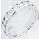 Alianza oro blanco semi empedrado - engaste raíl - 1 quilates - 9 diamantes